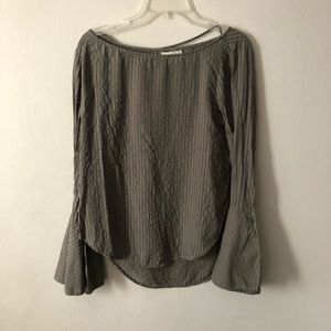 Cloth & Stone Bell Sleeve Olive Blouse M